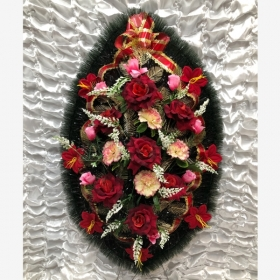 Венок «Розы в бутонах»